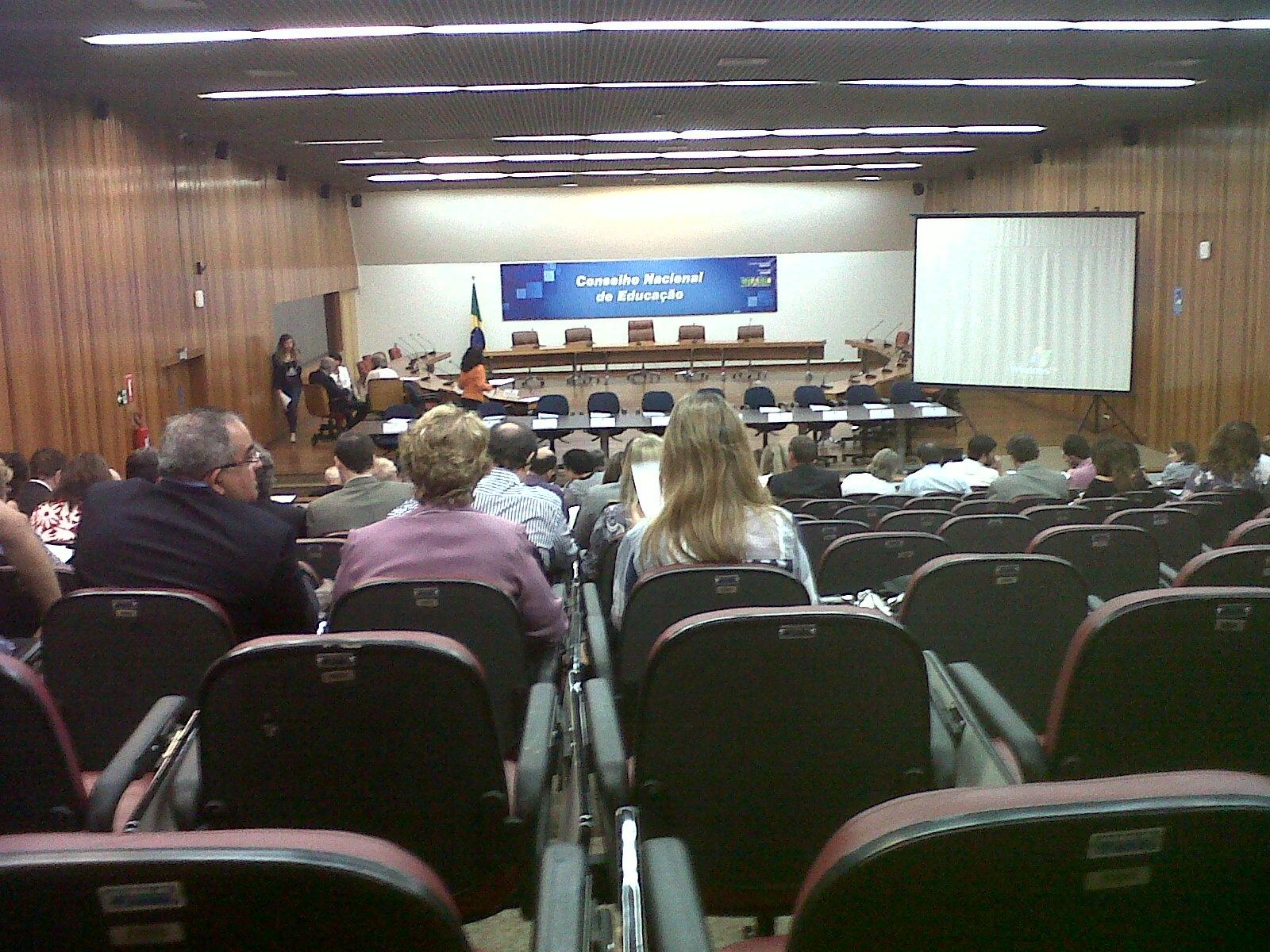 Audiência pública discutirá revisão de cursos de medicina